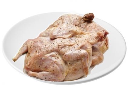 Маринованный цыпленок целиком